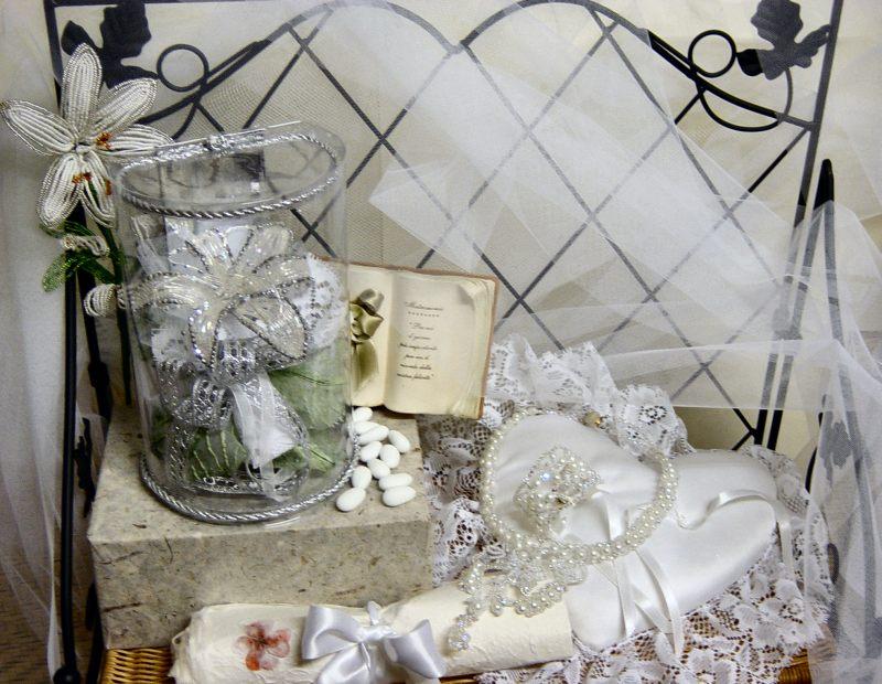 Cuscino Portafedi Nozze D Argento.Bomboniere Perline Matrimonio E Nozze D Argento Bigiotteria Sposa